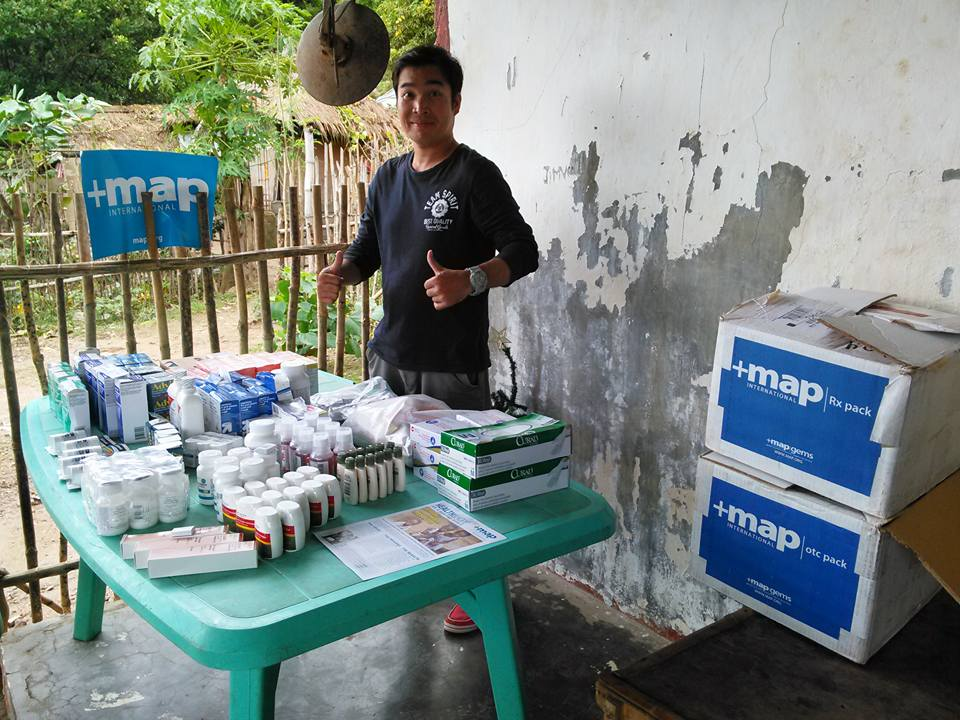 MAP International Partner Jimly Christian Ministries Philippines with Medical Mission Packs