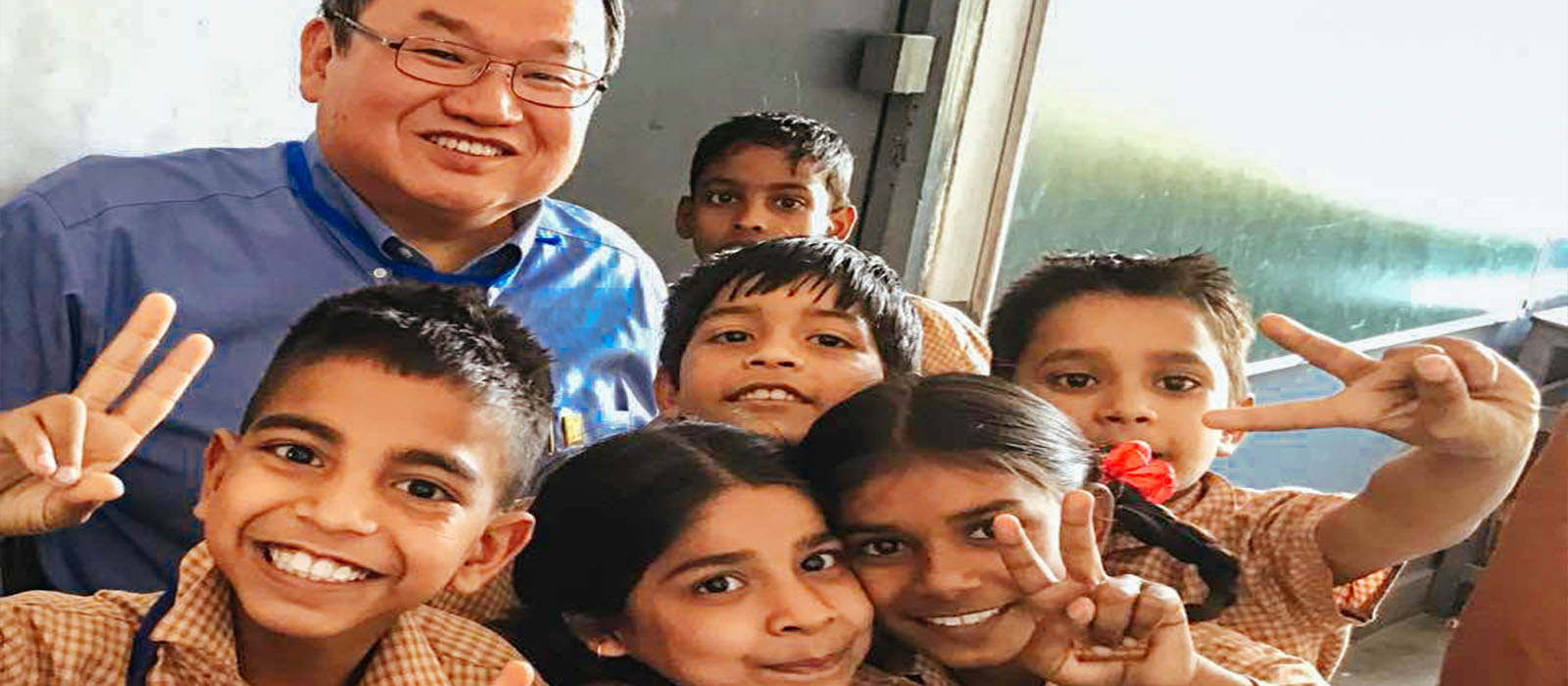 MAP_CEO_Steve_Stirling_in_India_Polio.jpg